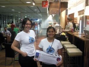 Michi y Pilar aeropuerto