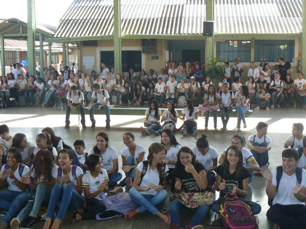 Alunos escola Cora Coralina. Credits: GalileoMobile / Patrícia Figueiró Spinelli